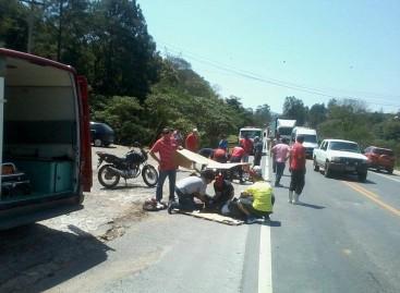 Dois acidentes em menos de uma hora deixam uma pessoa morta e duas feridas na Itatiba-Bragança