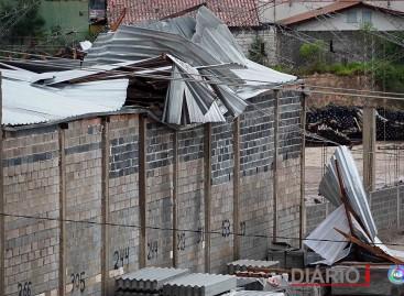Forte chuva provoca transtornos e dificuldades em Itatiba