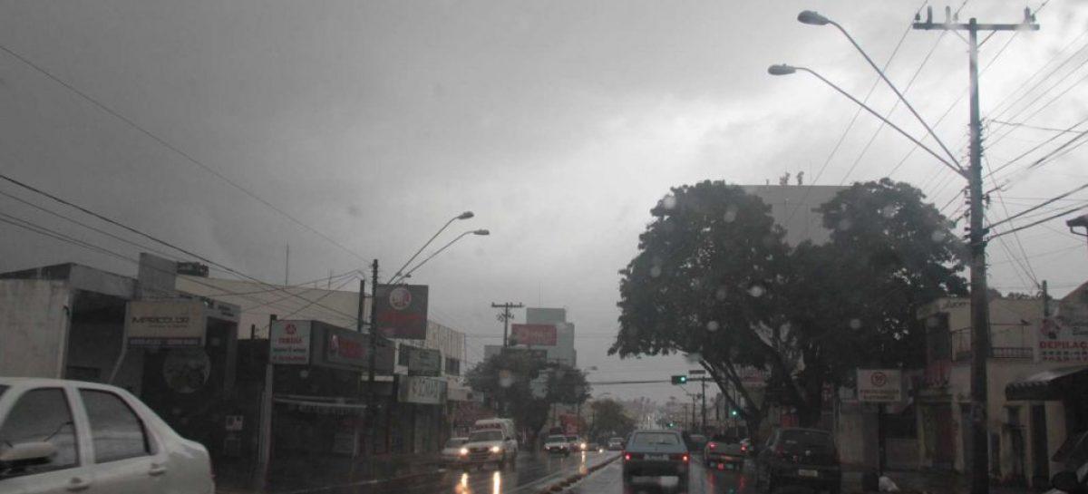 Em uma semana, agosto alcança média de chuva prevista para todo o mês em SP
