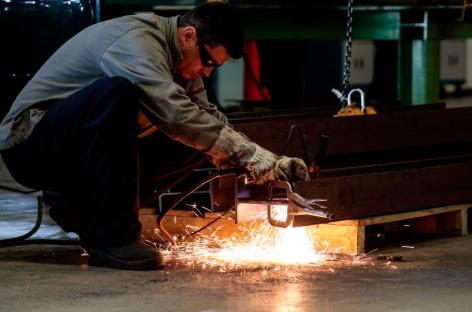 Confiança do empresário industrial cresce em novembro