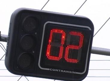 Semáforos serão desligados para manutenção da rede elétrica no domingo