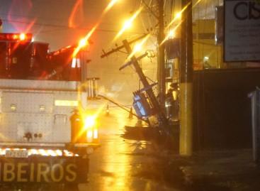 Desmoronamento interdita trecho da Rua Santo Antonio