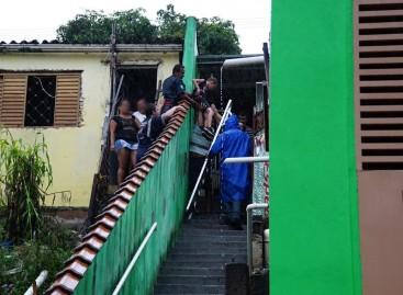 Família deixa casa com risco de desabamento no Jd. das Nações