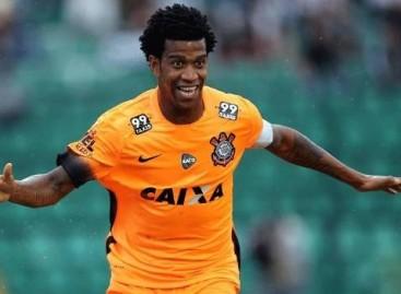 Com proposta, Gil não garante que permanece no Corinthians