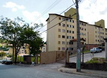 PM's são impedidos de entrar em prédio do NR Pedro Costa