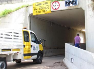 Rota das Bandeiras instala semáforos em passagem no Bairro da Ponte