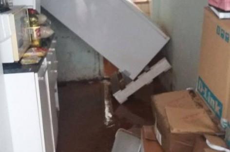 Moradores de Itatiba contabilizam estragos após alagamentos