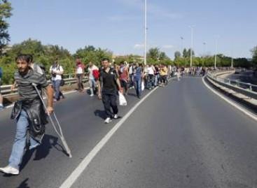 União Europeia dá à Grécia duas semanas para elaborar plano de fronteira