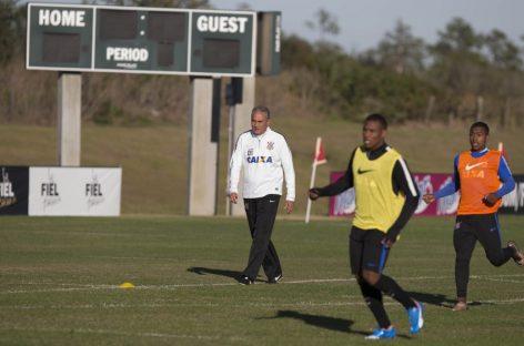 Tite confia no 'fator casa' para Corinthians garantir vaga nas quartas