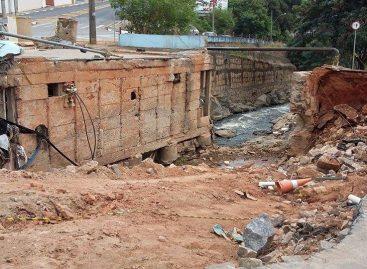 Comerciantes sofrem queda de até 60% no movimento, devido à queda de duas pontes sobre o Ribeirão Jacaré