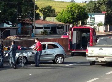 Capotamento na Itatiba-Jundiaí deixa motorista ferido na manhã desta sexta-feira (13)