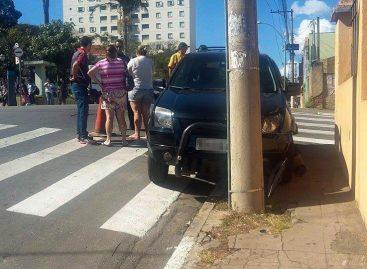 Condutora não habilitada se envolve em colisão no cruzamento da Rua Rangel Pestana