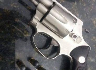 Policiais Militares de Itatiba apreendem arma de fogo e munições no Bairro Real Parque