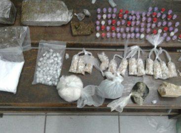 Em operação, PM prende dois homens por tráfico de drogas no Bairro Pedro Costa