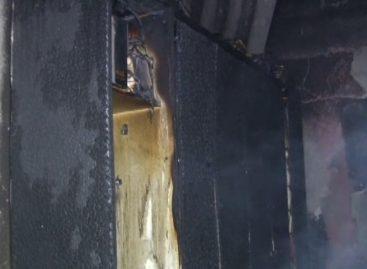 Incêndio destrói cômodo em casa no N. R. Afonso Zuppardo, em Itatiba