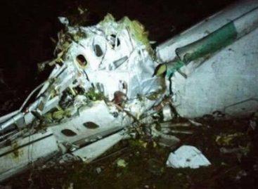 Avião com equipe da Chapecoense cai na Colômbia e deixa dezenas de mortos