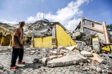 Terremoto mata pelo menos 97 pessoas na Indonésia