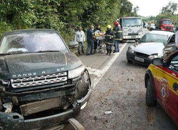 Acidente na Itatiba-Bragança deixa duas pessoas feridas