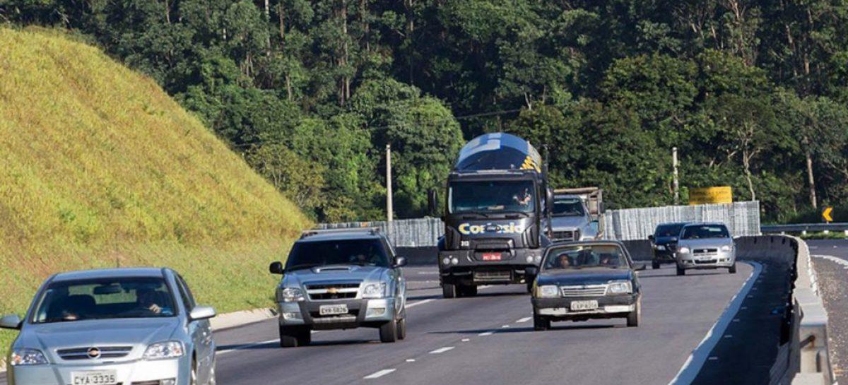 Ano Novo deve movimentar 3,6 milhões de veículos em rodovias de SP