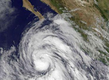 Furacão Dora se forma na costa Pacífico do México