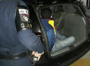 GAP prende homem com 90 pedras de crack no João Maggi