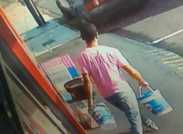 Câmera flagra furto em comércio na Rua Luiz Scavone em Itatiba