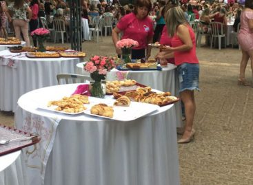 Rede de Combate ao Câncer de Itatiba realiza Chá da Tarde em prol do Outubro Rosa