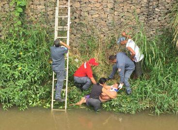 Homem cai no Ribeirão Jacaré em Itatiba