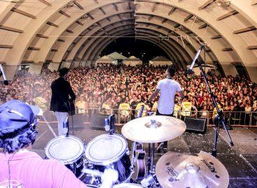 Artistas locais e regionais são atrações musicais da 15ª Festa do Caqui, confira programação