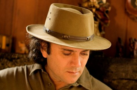 Almir Sater canta clássicos e novos sucessos em Itatiba