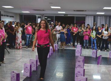 NOITE ESPECIAL MARCA ABERTURA DA CAMPANHA OUTUBRO ROSA NA CÂMARA MUNICIPAL