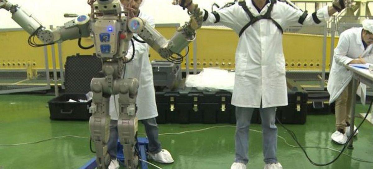 Rússia envia seu primeiro robô humanoide ao espaço
