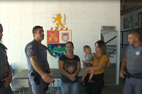 Policiais salvam bebê de 1 ano e 3 meses com convulsão